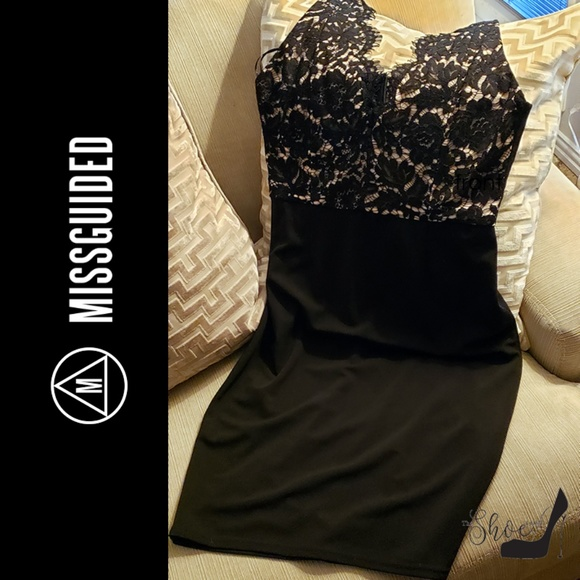 Missguided Dresses & Skirts - Missguidee Lace Bodycon Cocktail Party Dress